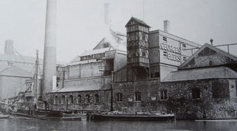 View of Georges' brewery in 1920s.